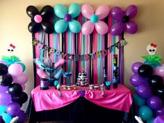 Monster High Party Decorations!! #MyCreations #Tati's5thBirthday