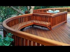 Deck railing isn't simply a security attribute. It can add a stunning visual to mount a decked area or patio. These 36 deck railing ideas reveal you exactly how it's done! Deck Stair Railing, Indoor Railing, Deck Railing Design, Wood Railing, Deck Design, Railing Ideas, Cable Railing, Modern Railing, Metal Pergola