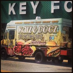 Katz and Dogz: the pastrami truck. Astoria.