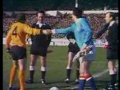 Wolves v Manchester City, League Cup Final, 2nd March 1974 [First Half] - YouTube
