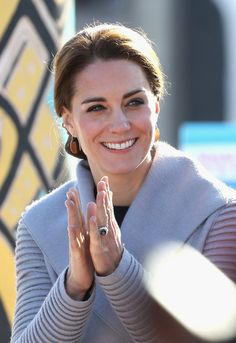 Kate Middleton Photos Photos - Catherine, Duchess of Cambridge and Prince William, Duke of Cambridge watch a cultural welcome in Carcross during the Royal Tour of Canada on September 28, 2016 in Carcross, Canada. Prince William, Duke of Cambridge, Catherine, Duchess of Cambridge, Prince George and Princess Charlotte are visiting Canada as part of an eight day visit to the country taking in areas such as Bella Bella, Whitehorse and Kelowna - 2016 Royal Tour to Canada of the Duke and Duchess…
