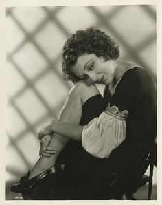 Portraits of Ann Dvorak. Old Hollywood Glamour, Golden Age Of Hollywood, Vintage Hollywood, Hollywood Stars, Classic Hollywood, Gloria Dehaven, Kay Francis, Susan Hayward, Dance Movies