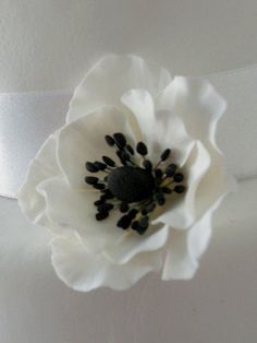 Gum Paste Anemone Flower by Carmellochili on Etsy