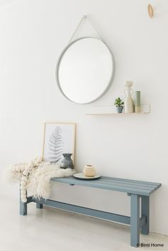 : extra hoekje in de Slaapkamer styling tips denimdrift Decoration Hall, Decoration Entree, Decoration Inspiration, Room Inspiration, Interior Inspiration, Home And Living, Living Room, Muebles Living, Hallway Designs