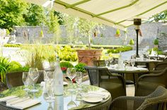 These restaurants are fantastic come rain or shine, but there's something about dining outdoors in Ireland that feels extra special. Neutral Colour Palette, Muted Colors, Al Fresco Dining, Modern Boho, How To Run Longer, Outdoor Dining, Dried Flowers, Countryside, The Help