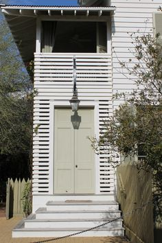 beach house door by mcalpine tankersley