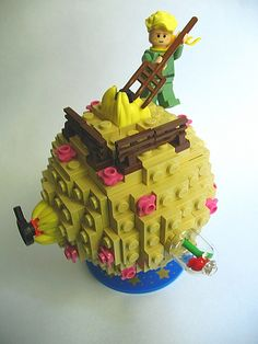 Lego Le Petit Prince - If you ♥ LEGO, come have a look at LEGO LOVE board http://pinterest.com/mademoisellealm/lego-love/