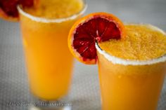 Excellent twist on the typical NorCal Margarita. Add some blood orange and mango. Perfect for summertime and BBQ season. Fun Drinks, Yummy Drinks, Alcoholic Drinks, Mango Drinks, Cocktails, Primal Recipes, New Recipes, Mango Margarita, Grand Marnier
