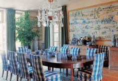 Azul es el tema de ese comedor y es el símbolo del estilo country