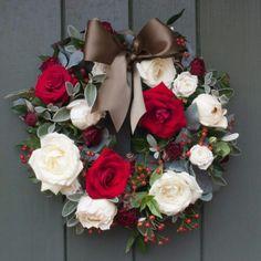 Gorgeous holiday wreath!