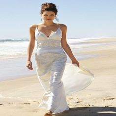 Sultry Summer Outfits For a Beach Wedding Dress