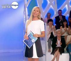 Federica Panicucci alla conduzione di Mattino 5 veste una gonna Mantù della collezione AW14-15