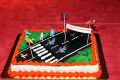E's Planes cake
