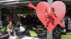 Resultado de imagen para decoracion centro comercial amor y amistad