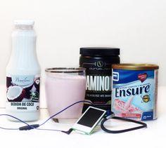 Você já conhece os benefícios do leite de coco? É rico em gordura saturada boa que é rapidamente digerida e transformada em energia. É uma fonte de vitamina C B1 B3 B5 e B6 sais minerais essenciais como cálcio selênio magnésio fósforo ferro potássio cobre zinco e manganês e ainda proteína e ácido láurico. O ácido laúrico favorece a oxidação dos ácidos graxos assim ativando o metabolismo das gorduras. Esse ácido também regula o funcionamento da tireóide acelerando o metabolismo do organismo…
