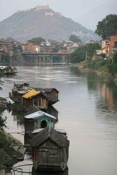 Houseboats in Jhelum river. Srinagar, India Source by marigoldaustin Srinagar, Nova Deli, Kashmir India, Vietnam, Visit India, India Travel, Tourism India, Incredible India, Australia Travel