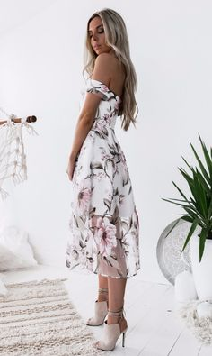 What could be better than a girly-looking dress to wear on Valentine's Day? Mix it with black pumps or nude boots, add some jacket and you are ready to go