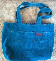 19.33$  Watch here - http://vitpf.justgood.pw/vig/item.php?t=fkypihf36454 - Wrangler Womens Corduroy Blue Jean Pockets Purse Shoulder Bag Western 19.33$