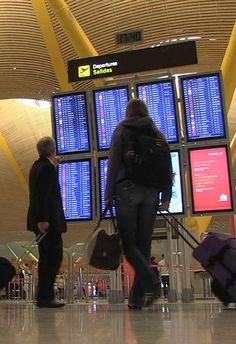 El 50% de los viajes se reservan online y un 30% a través del móvil  El 'Digital Travel Summit by Be Mate' sin duda se ha convertido en uno de los platos fuertes dentro del marco del eShow, la feria líder de los negocios en Internet.  El sector ecommerce en Europa goza de buena salud, y está viviendo unos de sus mejores momentos. Actualmente existen más de 750.000 negocios online. En estos momentos el sector travel es ya la 1ª industria a nivel europeo de comercio electrónico, estrenando...