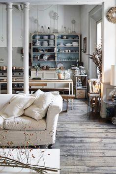 È il magazine italiano di arredamento che ti aiuta a vivere i tuoi spazi con stile, décor, progetti e soluzioni