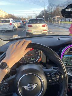 Mini Cooper Accessories, Bling Car Accessories, Cooper Car, Girls Driving, Lux Cars, Car Goals, Fancy Cars, Future Car, Car Car