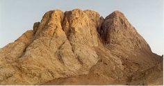 Mount Sinai - Chakra 5 – Vishuddha Mount Sinai, Be Exalted, Matte Painting, Holy Land, Trust God, Amazing Nature, Touring, Egypt, Beautiful Places