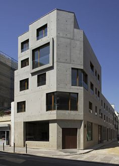 Charles-Henri Tachon / 8 dwellings, 4 artist studios and 1 retail area
