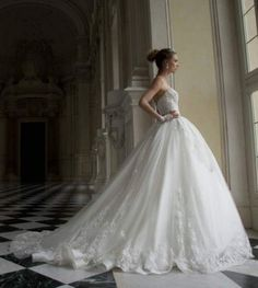 alessandra-rinaudo-wedding-dress-2016-22-10082015nz