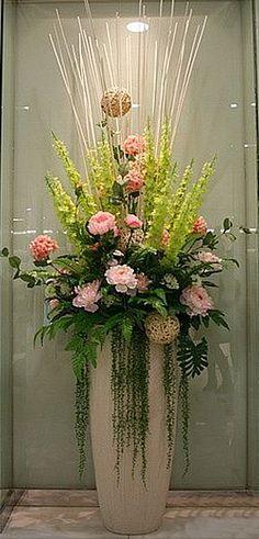 Wedding Flower Arrangements Make a statement at your next gathering. Tall Flower Arrangements, Tropical Floral Arrangements, Tall Flowers, Church Flowers, Large Flowers, Grands Pots, Flower Decorations, Church Decorations, Flower Pots