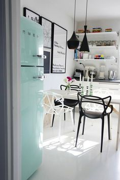 16 Cool Ways to Decorate With Mint Decor via Brit + Co.