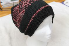 Slouchy hat. Acrylic, Brand Bernat super valu. made mostly on the machine. brother KH260 (same hat, different view)