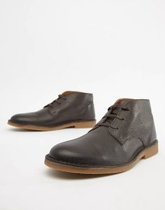 Discover the latest range of men's boots with ASOS. Explore the range of styles such as Chelsea boots, work boots or desert boots. Available today at ASOS. Suede Boots, Suede Leather, Leather Boots, Men's Boots, Hip Hop Fashion, Pop Fashion, Desert Boots, Military Fashion, Chelsea Boots