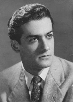 Greek Actor Alekos Alexandrakis Greek Men, Actor Studio, Greek Culture, Mans World, Celebs, Celebrities, Old Movies, Famous Faces, Historical Photos