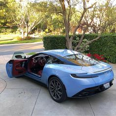 Aston Martin is known around the world as one of the premier luxury car makers. The Aston Martin Vulcan is a track-only supercar Aston Martin Vulcan, Aston Martin Db11, Aston Martin Vanquish, Maserati, Bugatti, Ferrari, Lamborghini, Cool Sports Cars, Super Sport Cars