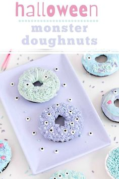 Halloween Monster Doughnuts make the best Halloween breakfast or dessert idea! These are super fun to make, and if you are making them with kids, it is the perfect way for them to get creative. Halloween Party Treats, Halloween Desserts, Halloween Cookies, Sweet Recipes, Cake Recipes, Halloween Breakfast, Best Breakfast Recipes, Homemade Desserts