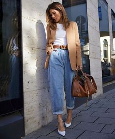 Mode Outfits fur Teenager Ideias de looks para faculdade What if We Can't Af Spring Outfit Women, Spring Outfits, Casual Work Outfit Winter, Casual Brunch Outfit, Casual Chic Summer, Winter Dress Outfits, Casual Dress Outfits, Casual Summer Dresses, Casual Chic Style