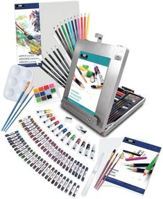Needlepoint Kits, Needlepoint Canvases, Watercolor Cake, Art Easel, 1 Real, Watercolor Pictures, Coloured Pencils, Pastel Drawing, Art Studios