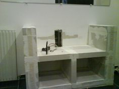 meuble vasque en béton cellulaire                                                                                                                                                                                 Plus