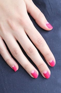 There are three kinds of fake nails which all come from the family of plastics. Acrylic nails are a liquid and powder mix. They are mixed in front of you and then they are brushed onto your nails and shaped. These nails are air dried. Pink Nail Art, Nail Art Diy, Diy Nails, Cute Nails, Pretty Nails, Half Moon Manicure, Moon Nails, Manicure And Pedicure, Long Nails