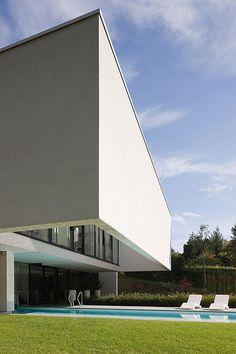 Perke House in Belgium by Atelier d'Architecture Bruno Erpicum