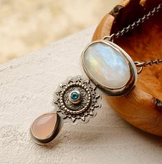 Detailed Rainbow Moonstone Necklace Silver and от EONDesignJewelry