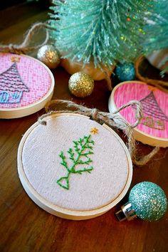 Embroidery Hoop Art {Love it!}