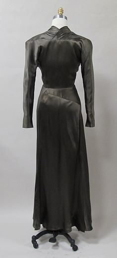 Dinner dress 1939 silk synthetic