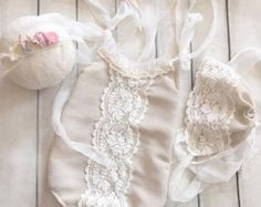 Cod244Newborn Lace Romper baby bloomerbaby by 4LittlePrincessProps