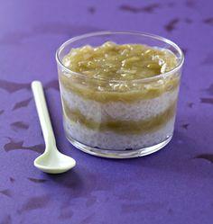 Verrine de tapioca au lait de coco et compote de rhubarbe