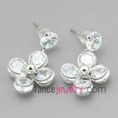 Four petals earrings