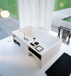 LEGIO - Bathrooms: Cartesio bathtub from Agape