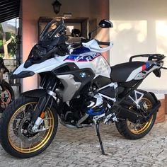 Lev nouvelle R1250GS est arrivée! On vous dit tout dans le prochain Moto80! #bmw #bmwr1250gsz😆 #bmwr1200gs #gs #r1200gs #r1250gs #trail #moto…