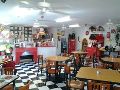 60's ice cream parlor   is a 50's ans 60's themed ice cream parlor. They offer ice cream ...