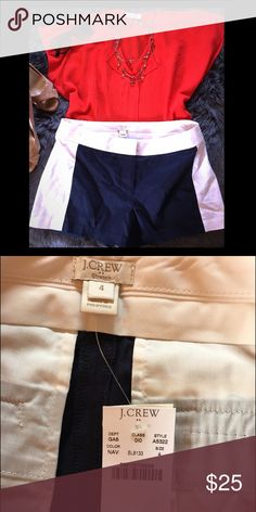 J Crew women's navy and white shorts size 4 Navy with white sides, absolutely adorable! Size 4 J. Crew Shorts
